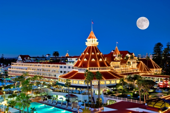 The historic Hotel Del Coronado lit up for the holidays.